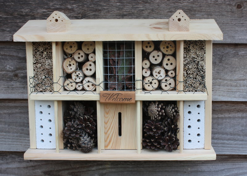 insect hotels. Black Bedroom Furniture Sets. Home Design Ideas